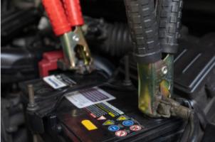 Survoltage de batterie de voiture